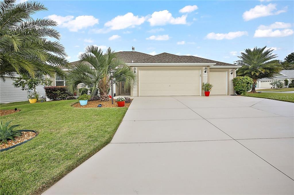 705 SHELTON STREET Property Photo - THE VILLAGES, FL real estate listing