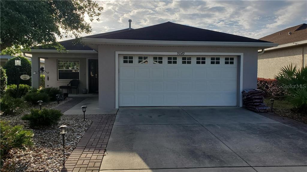 9049 SW 103RD AVENUE Property Photo 1