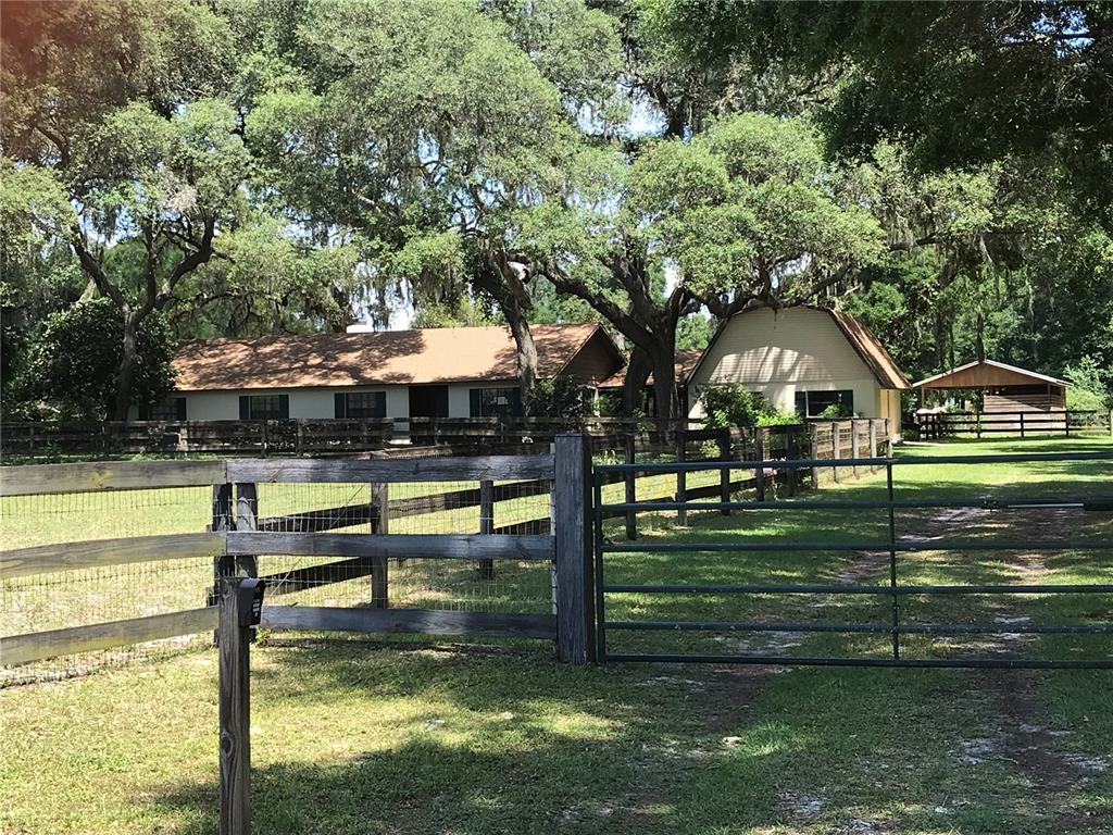 10381 SW 67TH COURT Property Photo - OCALA, FL real estate listing
