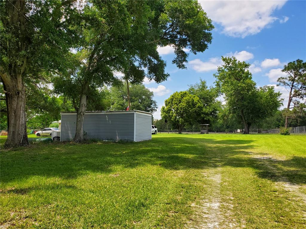 19600 COUNTY ROAD 42 Property Photo - ALTOONA, FL real estate listing