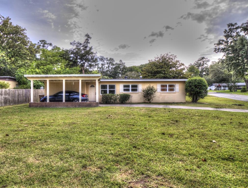 806 SE 35TH AVENUE Property Photo 1