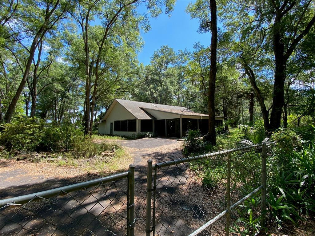 16201 Nw Us Highway 27 Property Photo 1