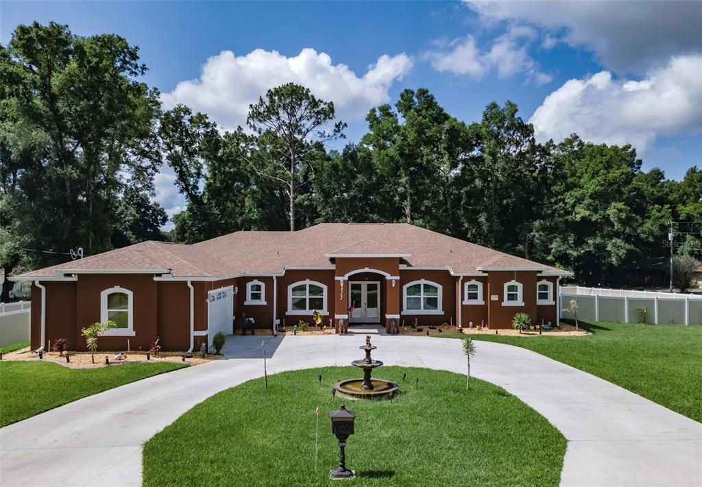 4562 Se 136th Lane Property Photo 1