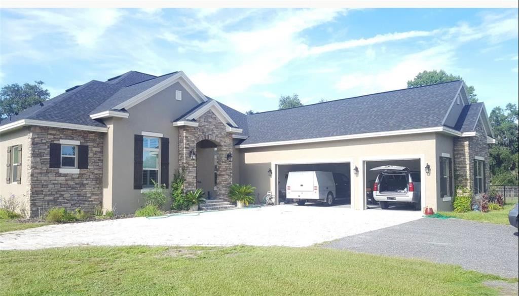 10450 Nw 28th Place Property Photo 1