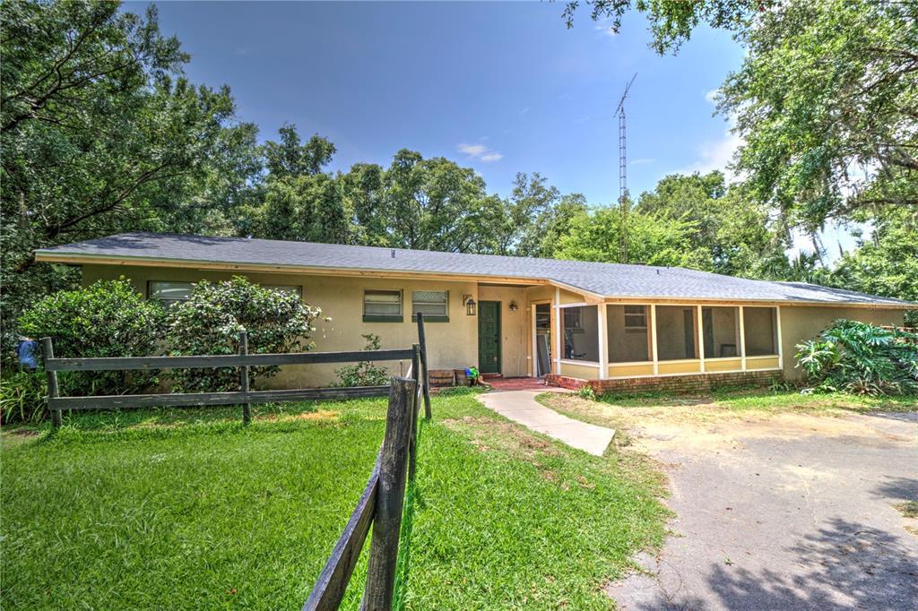 3150 SE 41ST PLACE Property Photo 1