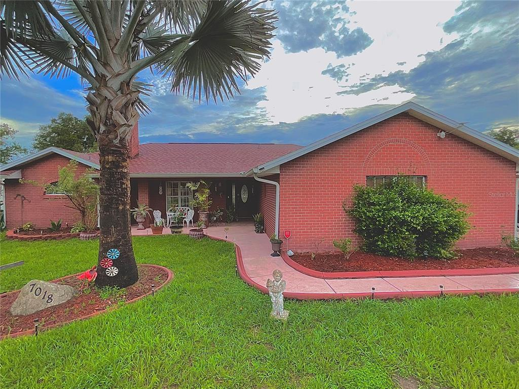 7018 Hemlock Course Property Photo 1