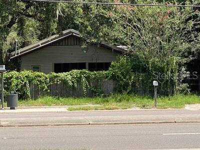 1802 E University Avenue Property Photo