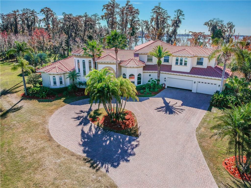 2124 N LAKE ELOISE DR Property Photo - WINTER HAVEN, FL real estate listing