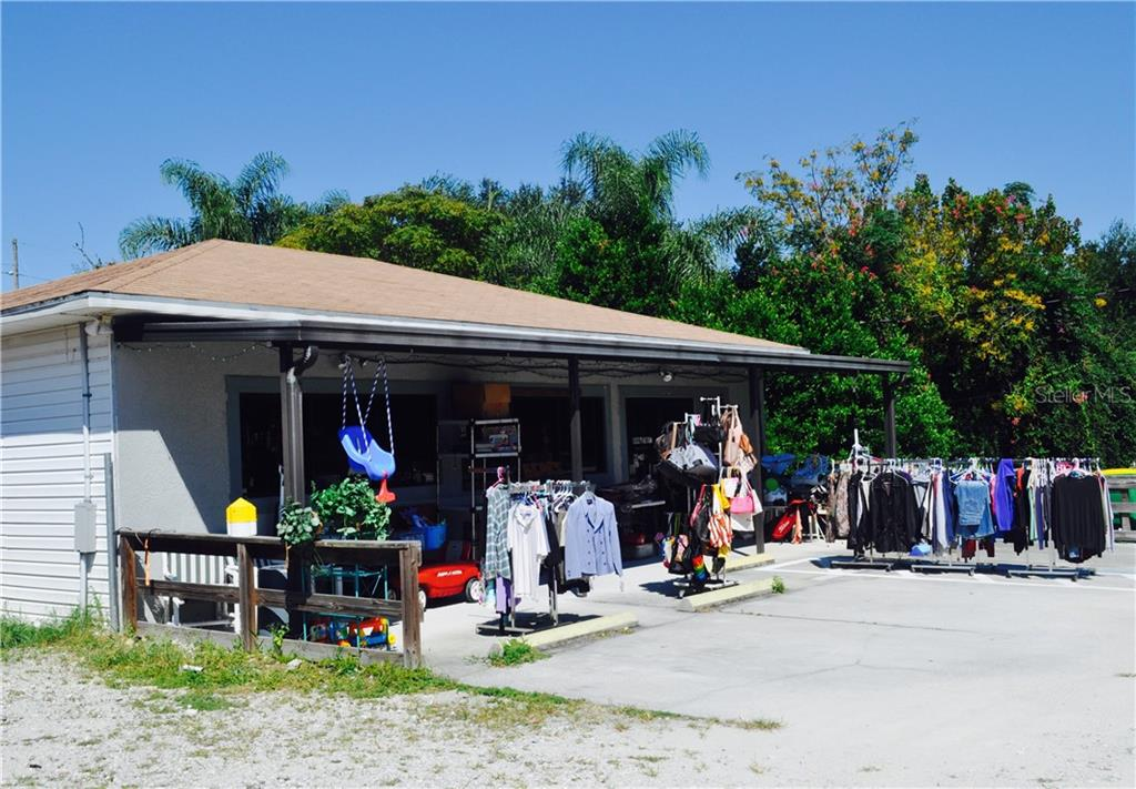 1009 Center Street Property Photo