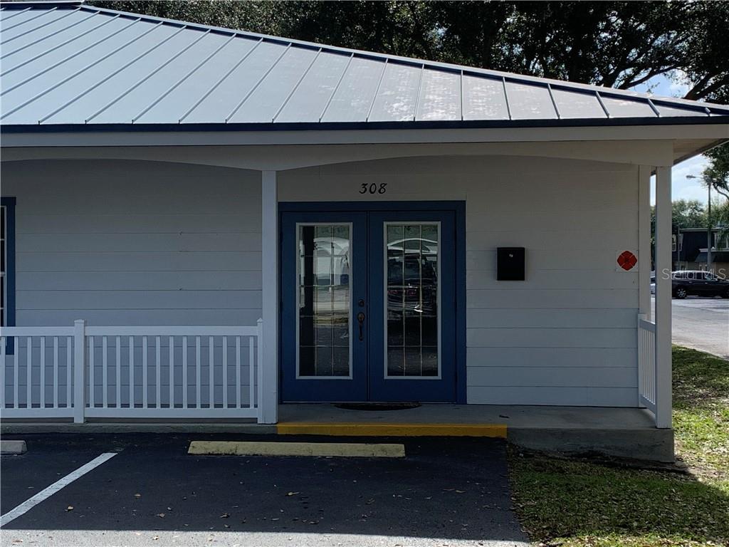 308 AVENUE K, SE Property Photo - WINTER HAVEN, FL real estate listing