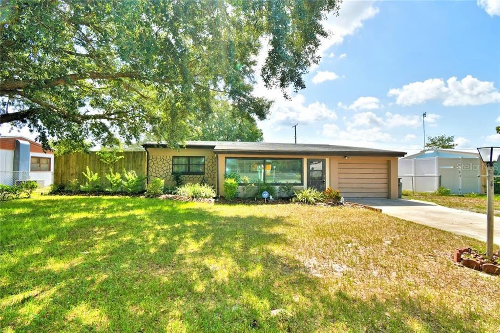 319 STANLEY AVE Property Photo - FROSTPROOF, FL real estate listing