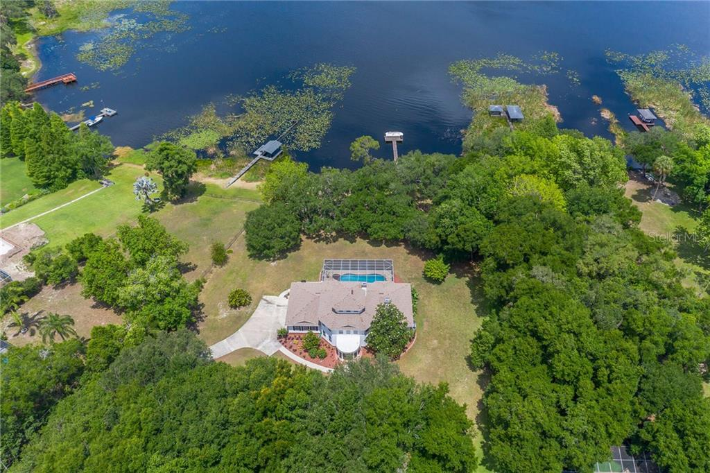 2841 COUNTRY CLUB RD N Property Photo - WINTER HAVEN, FL real estate listing