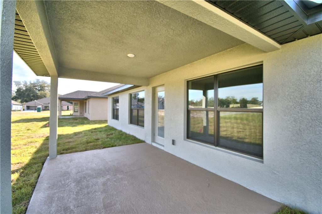 6418 ALAMANDA HILLS DR Property Photo - LAKELAND, FL real estate listing
