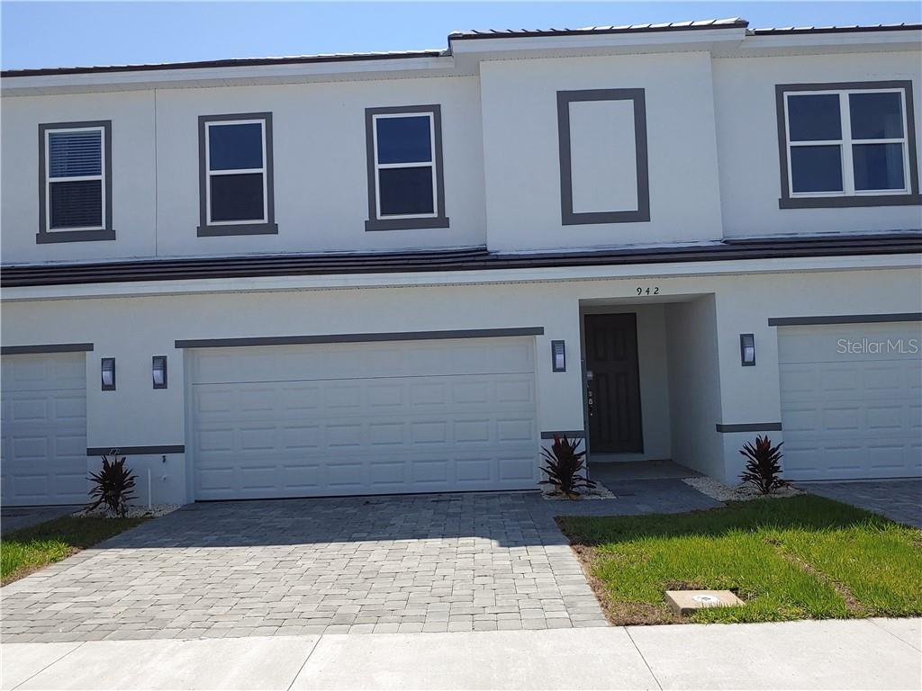 942 Centaury Drive Property Photo