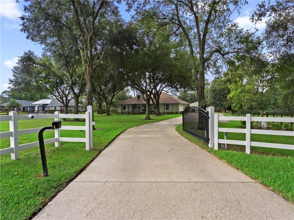 729 LAKE NED RD Property Photo - WINTER HAVEN, FL real estate listing