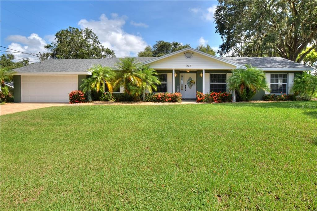 228 CREST DR Property Photo - HAINES CITY, FL real estate listing