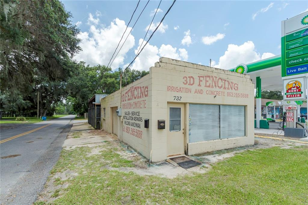 732 E Broadway Street Property Photo