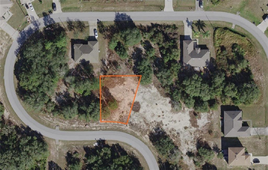 1652 REDFIN DRIVE Property Photo