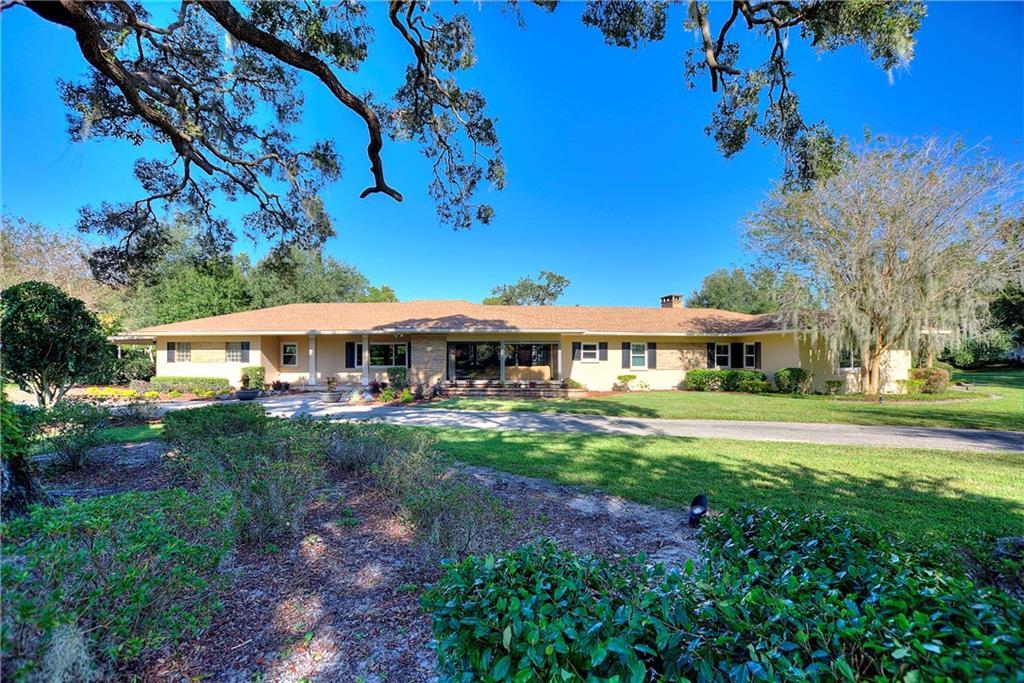 300 W Lake Summit Drive Property Photo 1