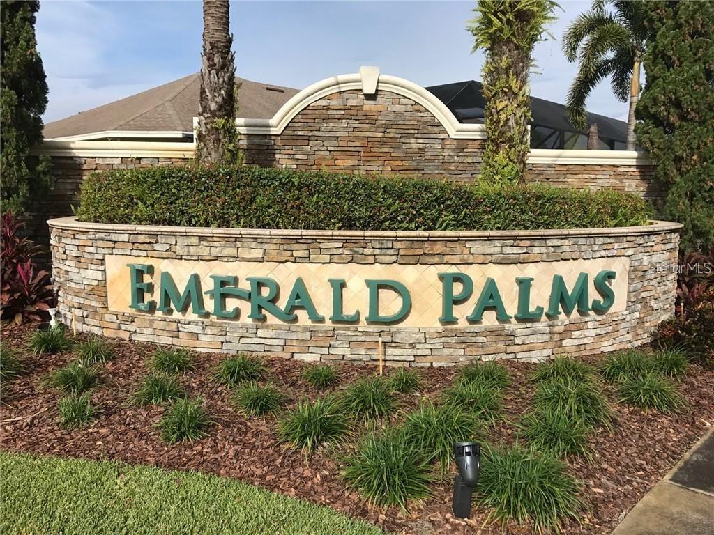 4549 Emerald Palms Dr Property Photo