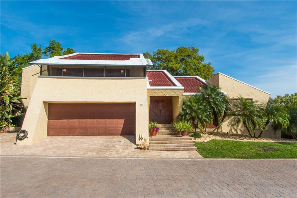 30 CASARENA COURT Property Photo - WINTER HAVEN, FL real estate listing