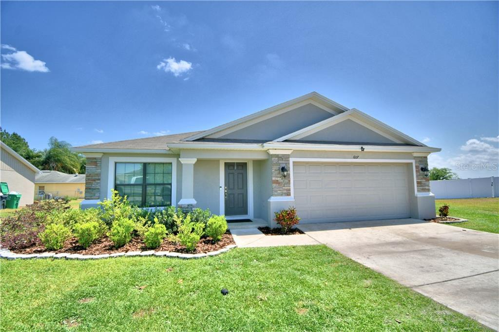 607 VALENCIA COURT Property Photo - DUNDEE, FL real estate listing