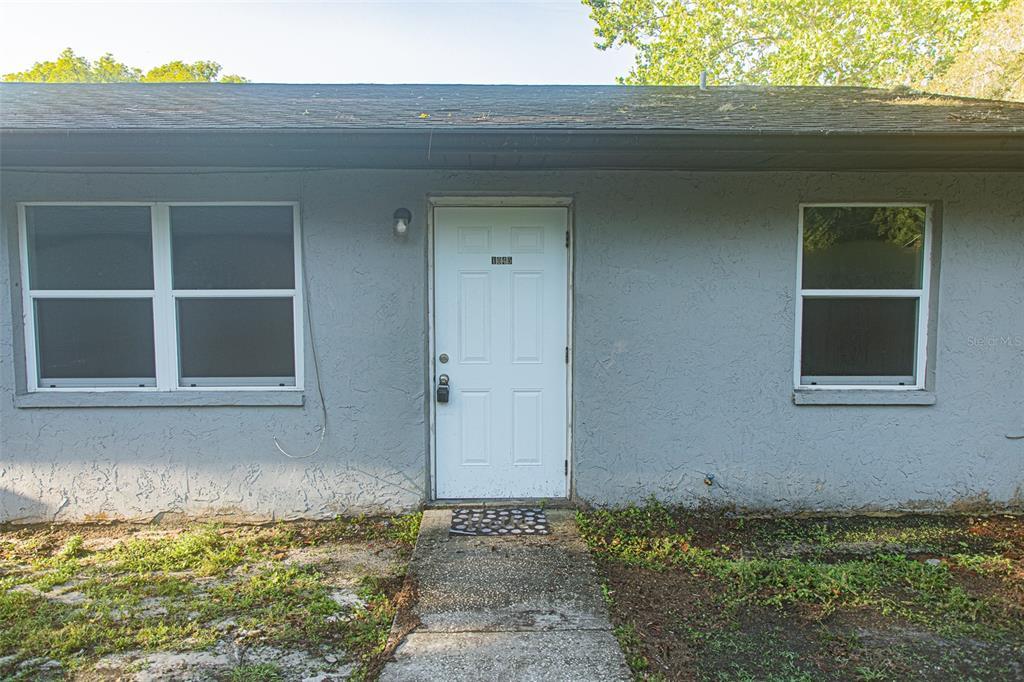 1045 Crestview Avenue Property Photo