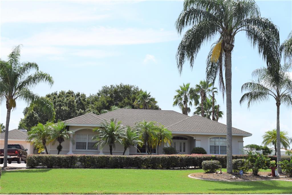 300 White Cliff Boulevard Property Photo 1