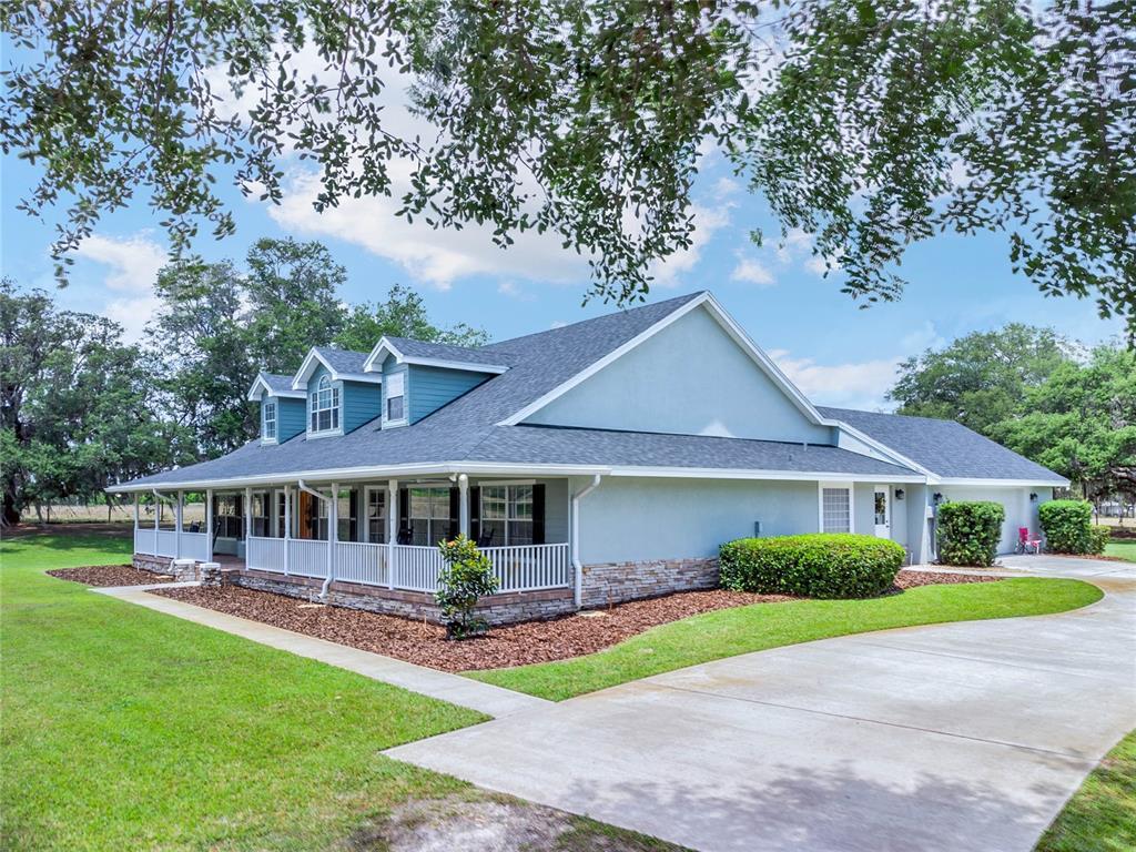 9045 Lake Hatchineha Road Property Photo 1