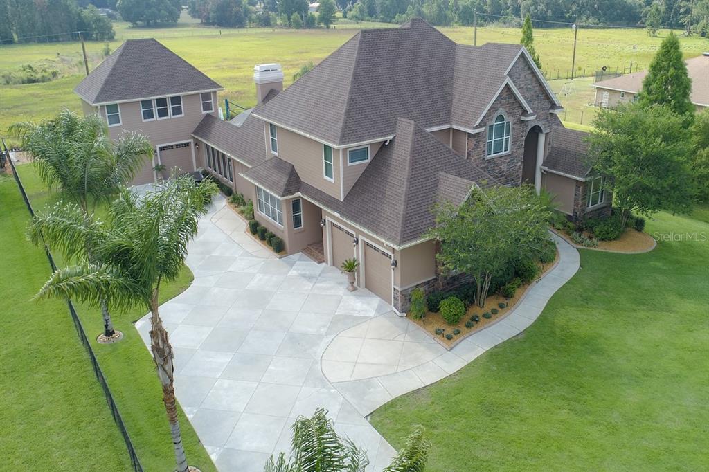 9340 Redhawk Bend Drive Property Photo 1