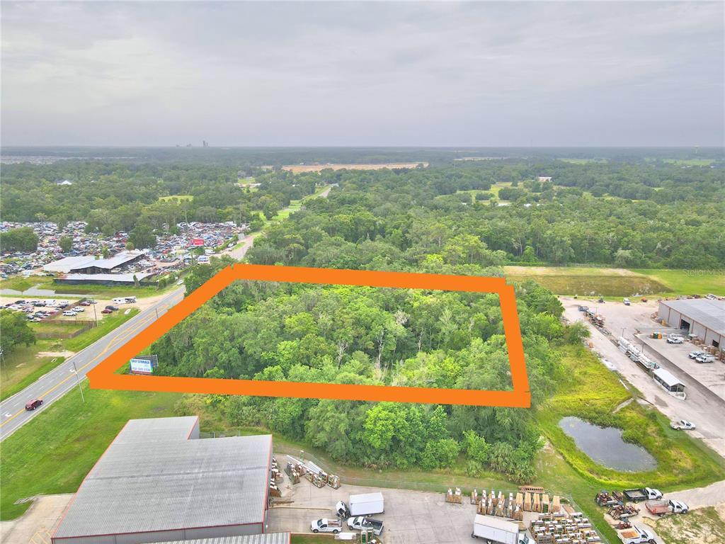 3686 N Us Highway 301 Property Photo 1