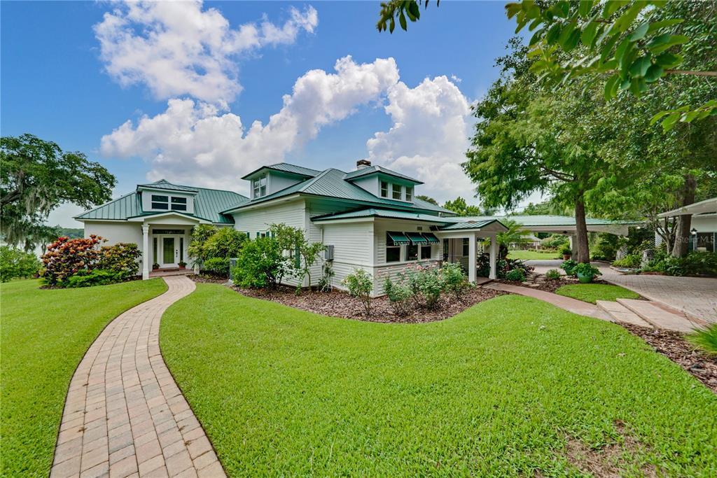 117 Palm Place Property Photo 1