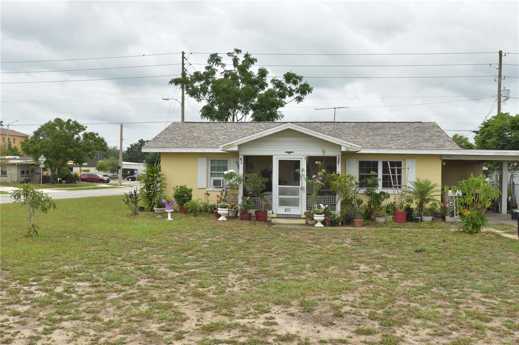 207 Townsend Avenue Property Photo