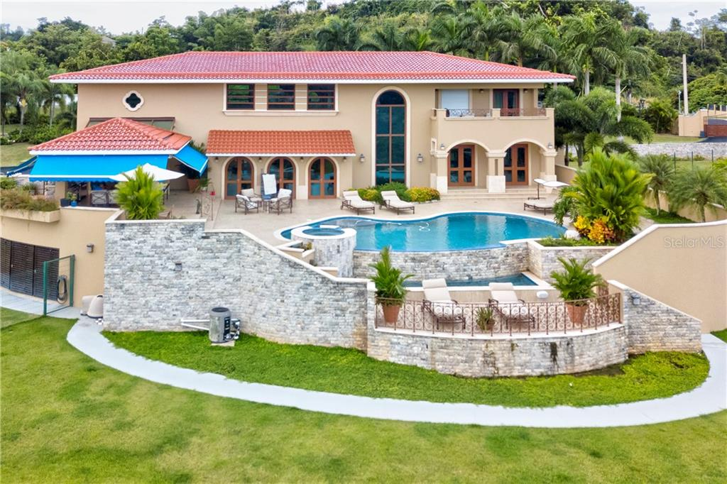 H33 CAOBO ST Property Photo - GUAYNABO, PR real estate listing