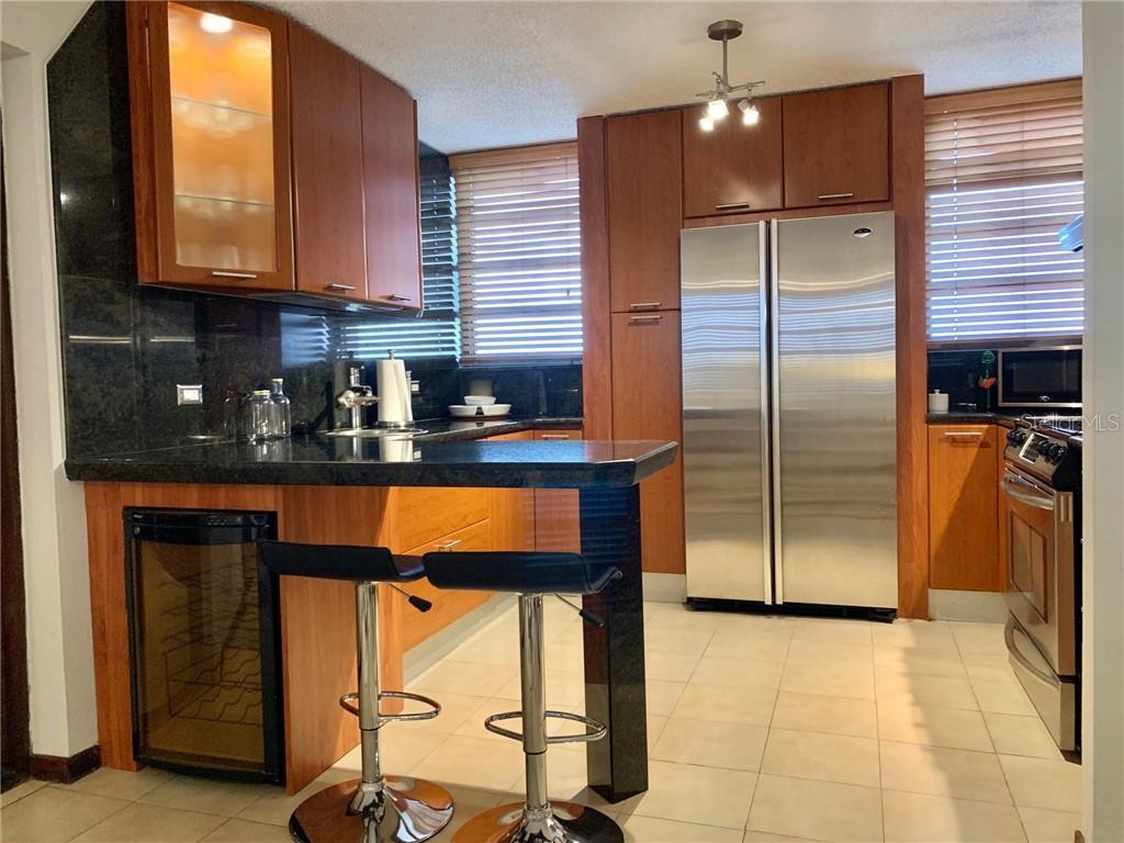 702 CARR. 2 Property Photo - GUAYNABO, PR real estate listing