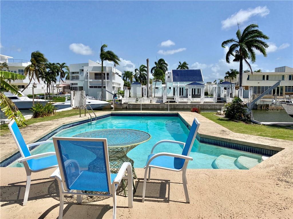 E7 MALAGA ST. Property Photo - CAROLINA, PR real estate listing
