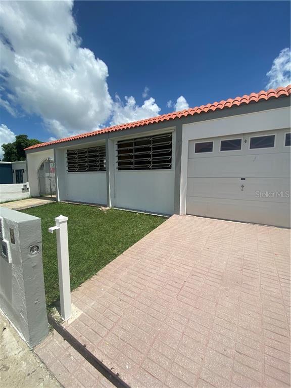 00726 Real Estate Listings Main Image