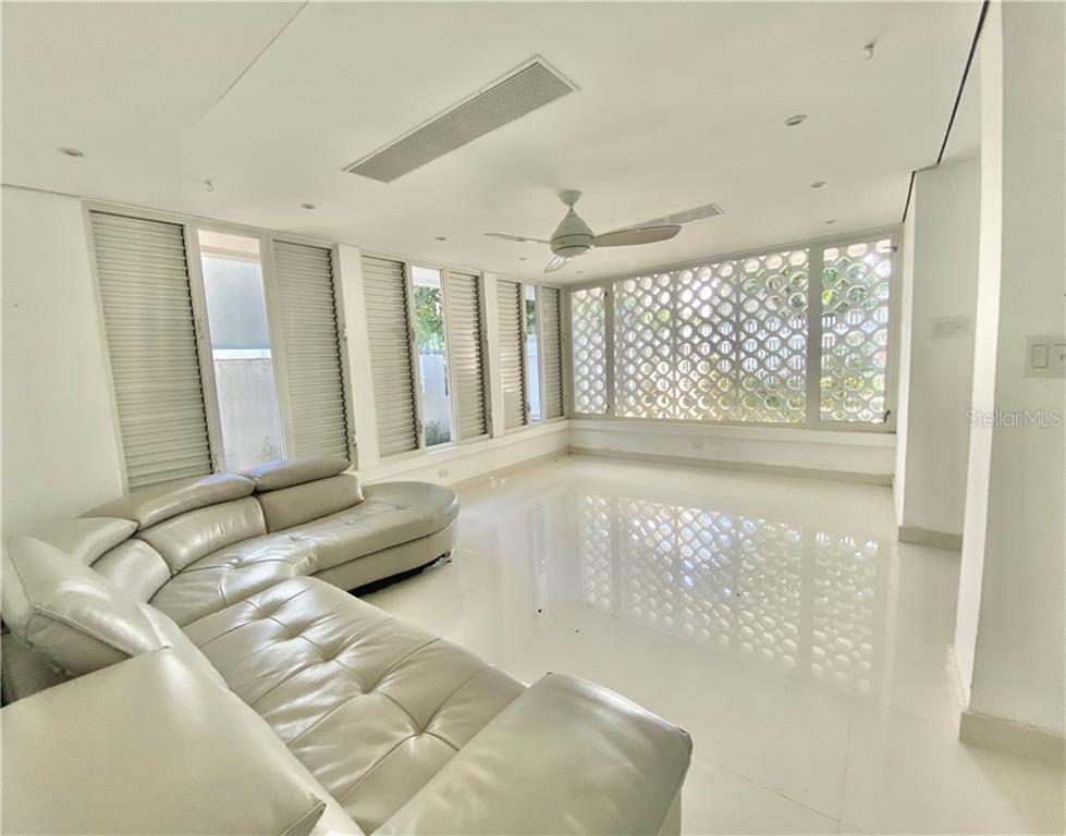 2163 MCLEARY Property Photo - SAN JUAN, PR real estate listing