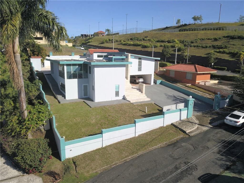 #6 CALLE B Property Photo - GURABO, PR real estate listing