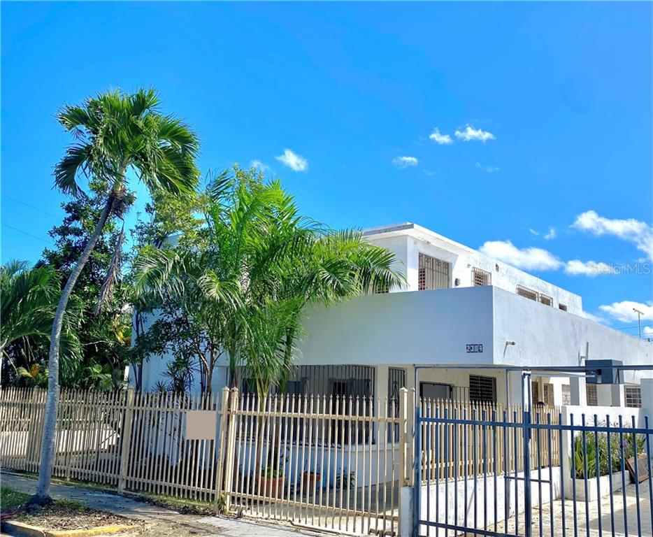 2304 Teniente Rivera Property Photo
