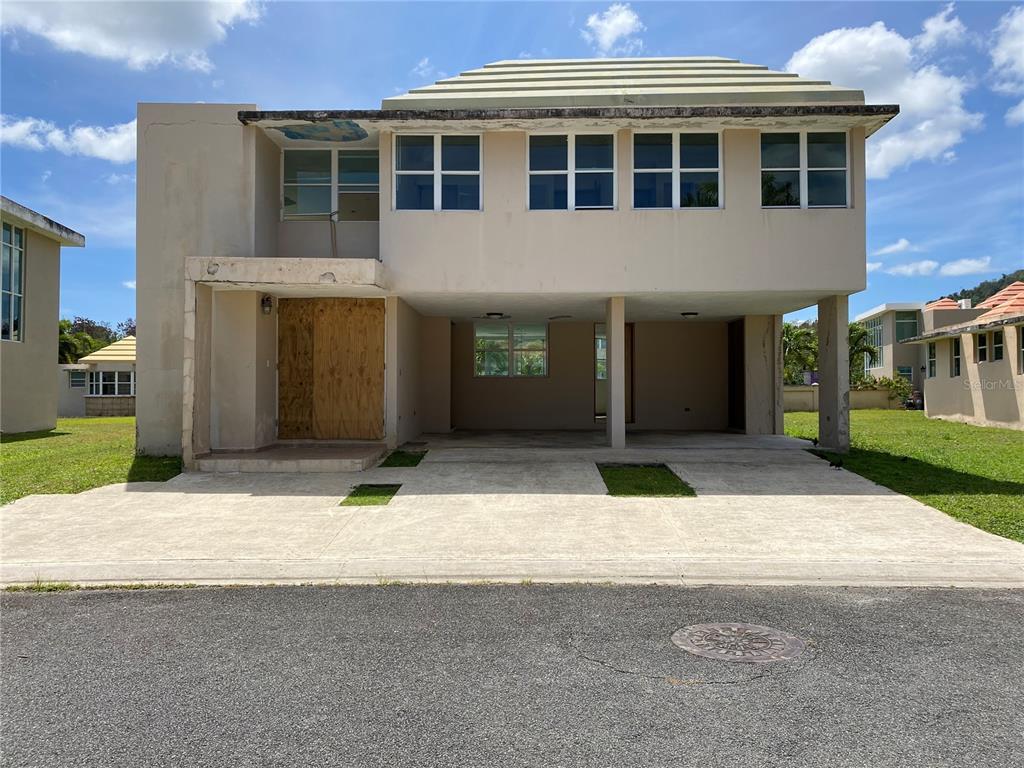 E10 Casabella NAPOLES (5) STREET Property Photo - NAGUABO, PR real estate listing