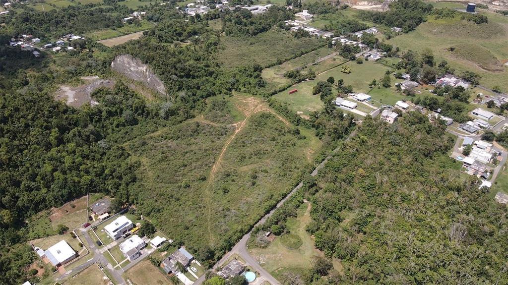 Road 119 Property Photo