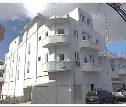 205 Barcelo Property Photo