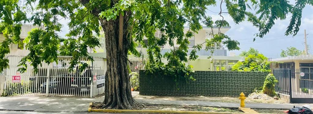 5 Las Americas Ave Property Photo