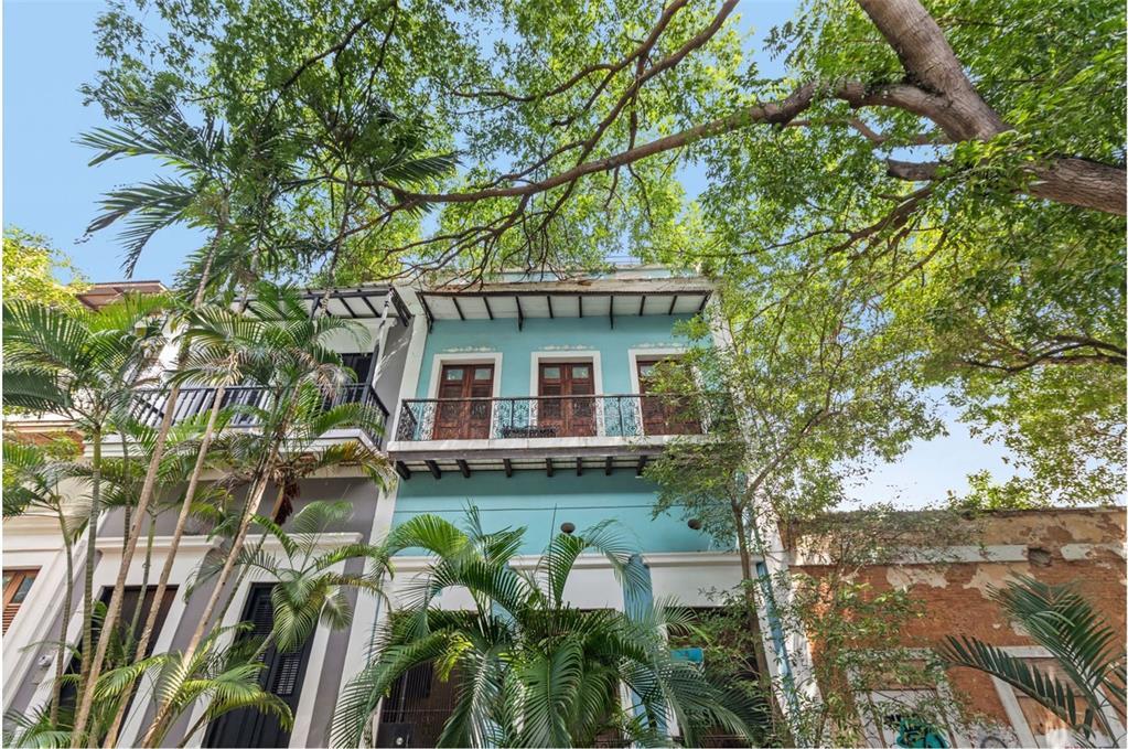 64 Caleta Old San Juan - 5 Apartments #64 Property Photo