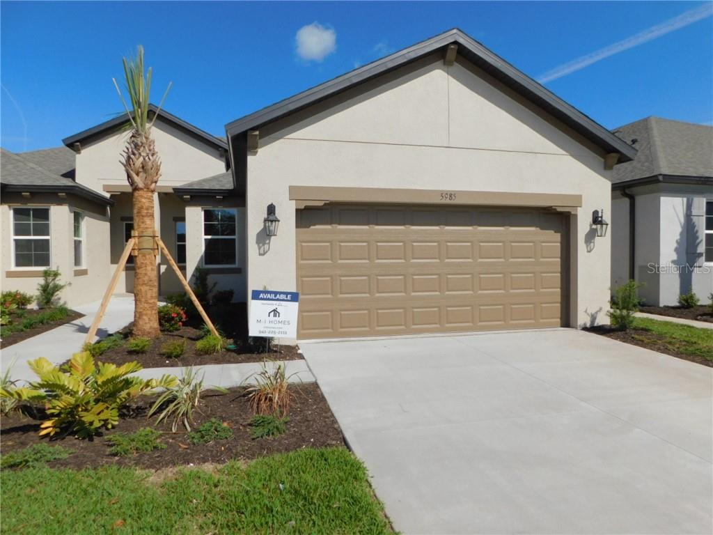 5985 AMBERLY DRIVE Property Photo - BRADENTON, FL real estate listing