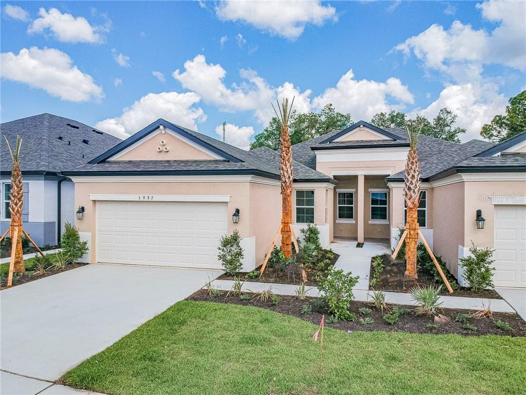 5997 AMBERLY DR Property Photo - BRADENTON, FL real estate listing