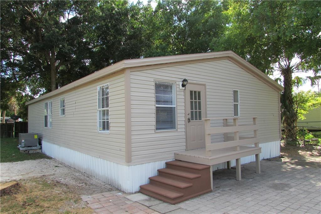 7901 MARX DRIVE Property Photo - NORTH FORT MYERS, FL real estate listing