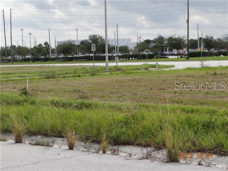 2501 W Taft Vineland Road Property Photo