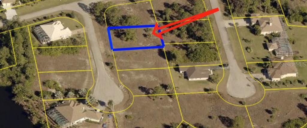 703 CROWN OAK CIR Property Photo - LEHIGH ACRES, FL real estate listing